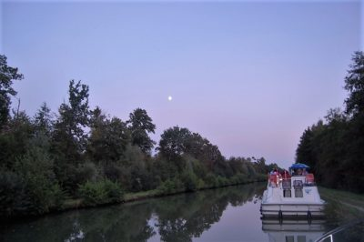 evening-moon-canal-boat
