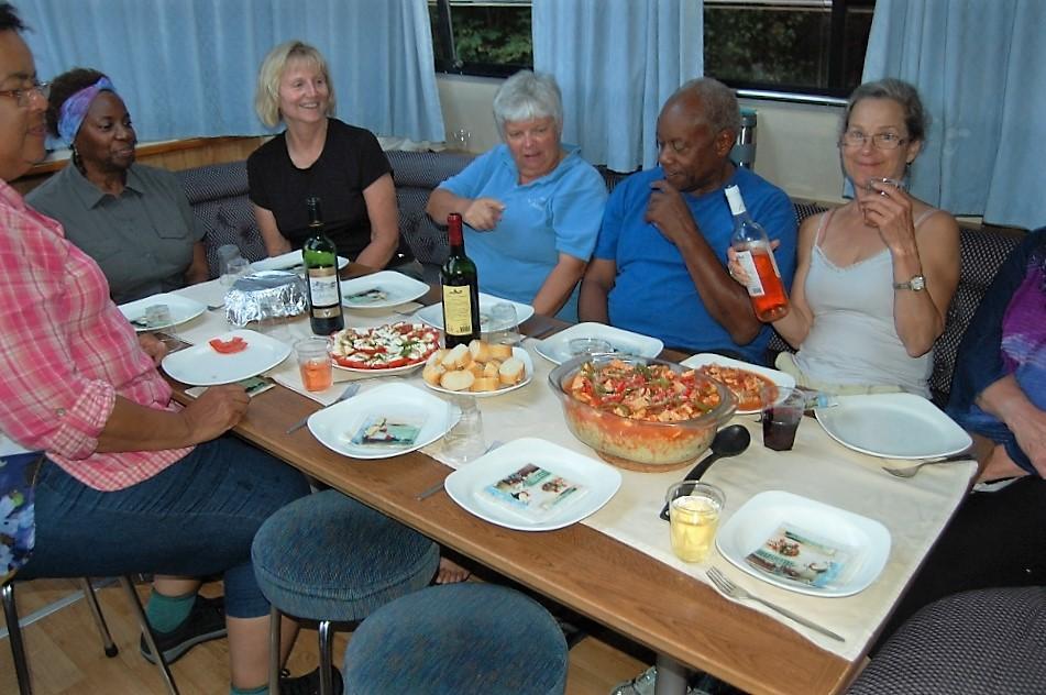 flotila-cruise-dining