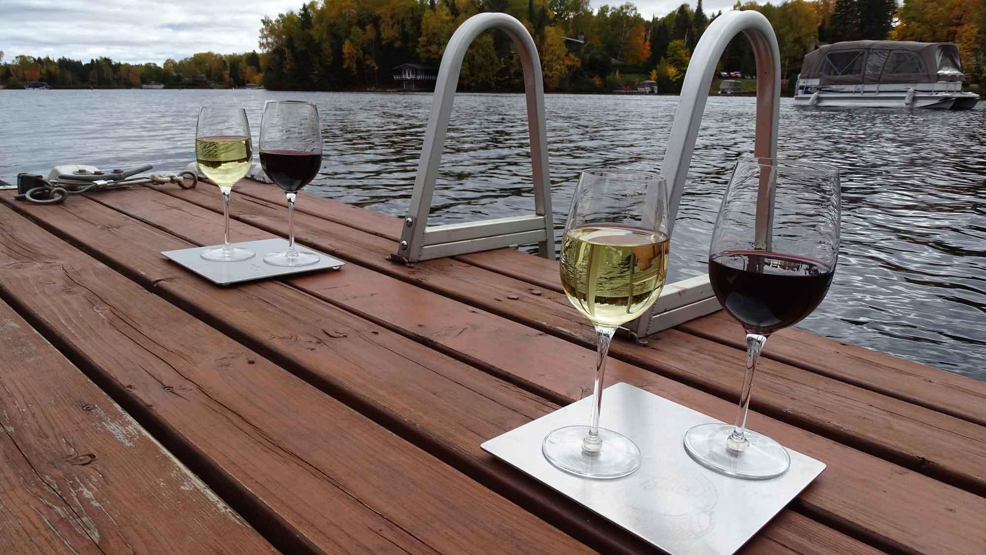 wine glass dock